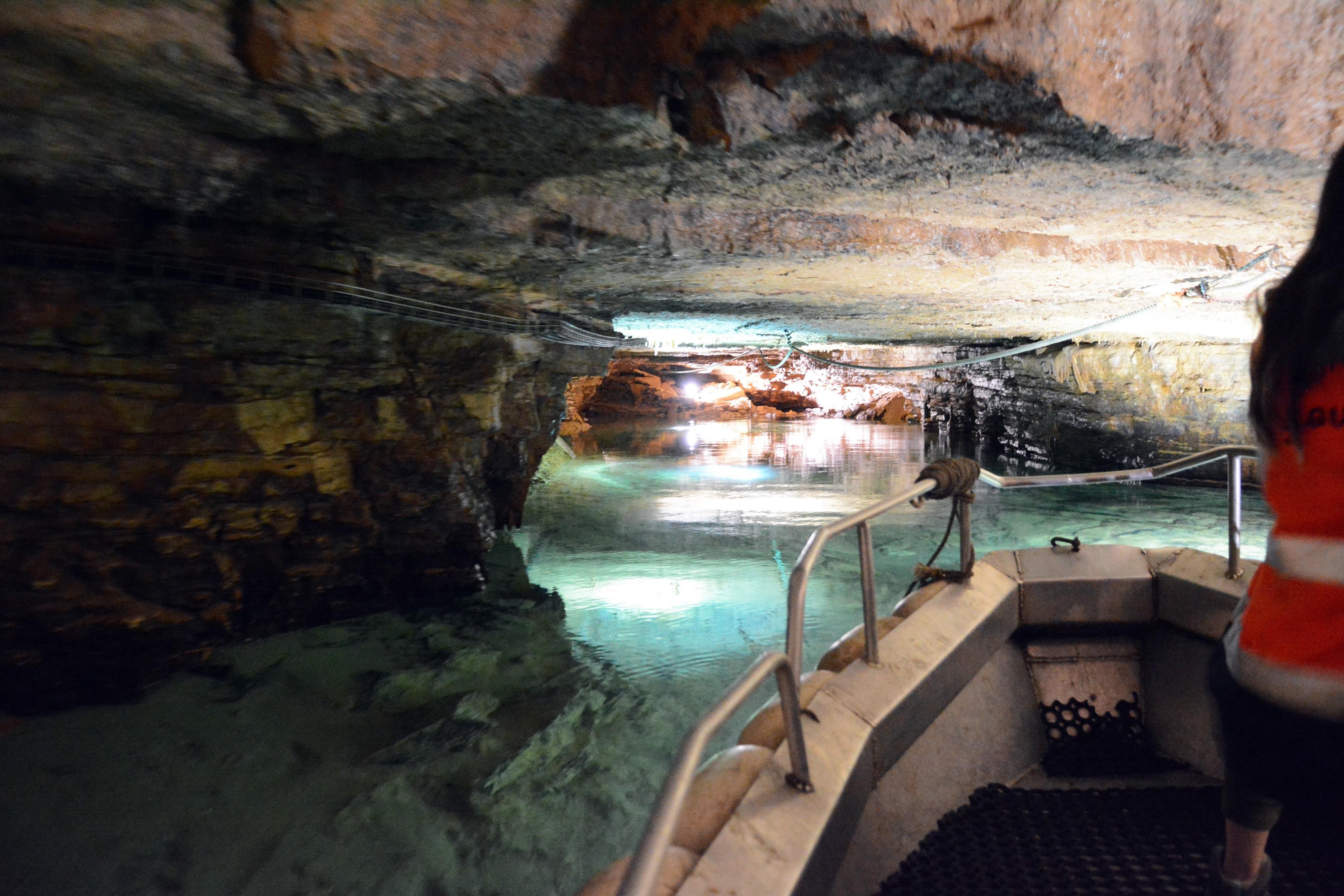 Un superbe amphithéâtre rocheux et une rivière souterraine à explorer… Alors, à bientôt !