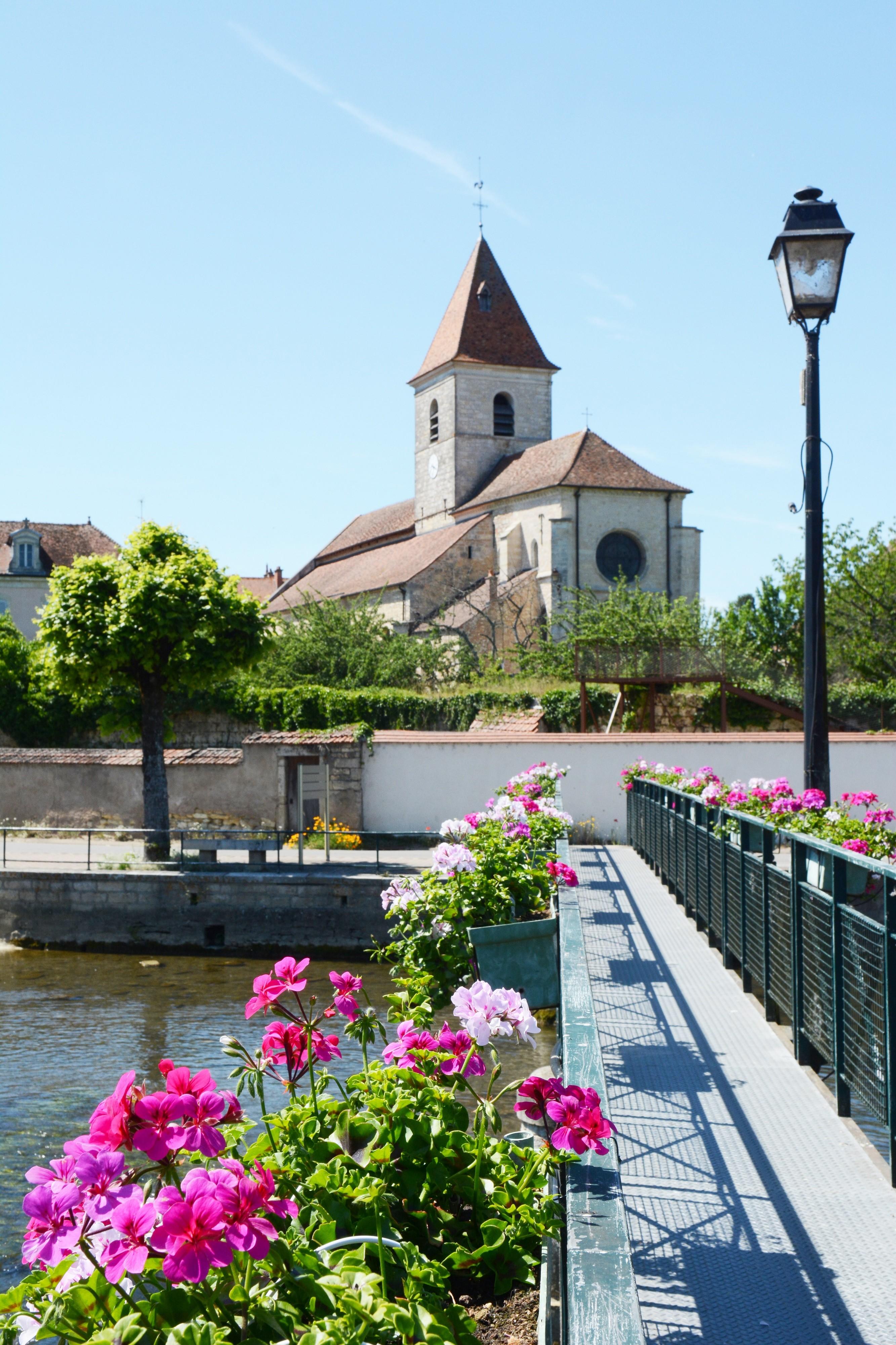 La passerelle de Mirebeau-sur-Bèze ©R. Krebel